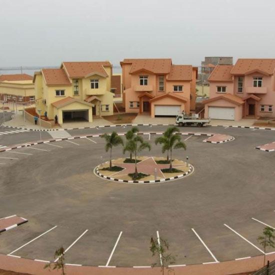 Condominio residencial - 70 moradias